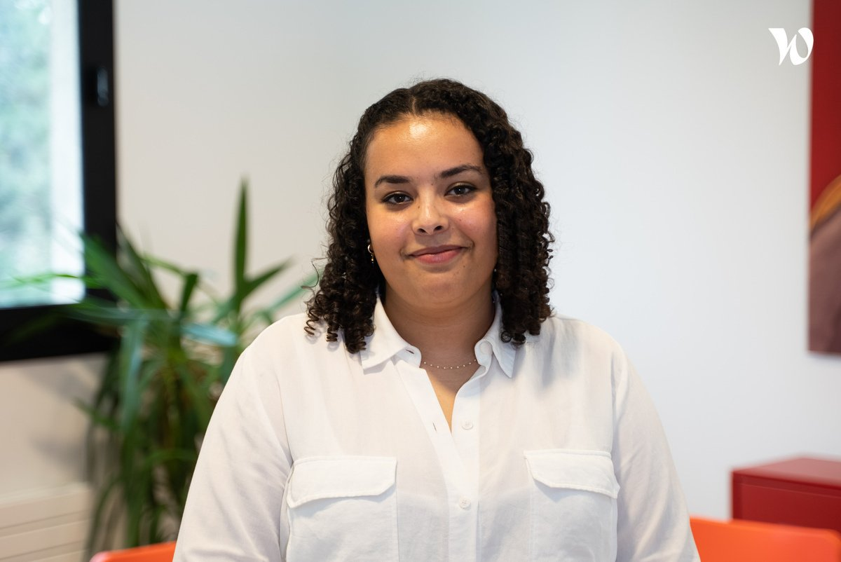Rencontrez Ayane, Account Manager - MyTrooperS