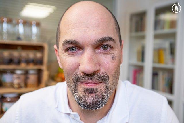 Rencontrez Sébastien, UI/UX Designer - Beezen