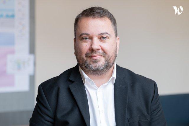 Rencontrez Frédéric, Consultant- Chef de projet digital - Caféfrappé