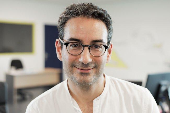Rencontrez Philippe, The Chief Organizer - PAZZI