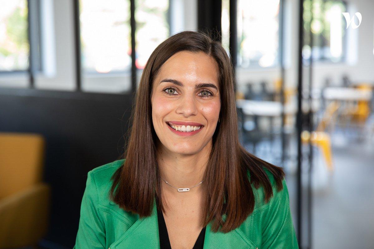 Rencontrez Julie, Ingénieure commerciale - Groupe DFM