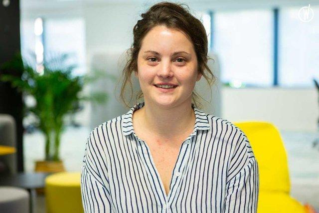 Rencontrez Elsa, Responsable édition et chef de projet - Health For People