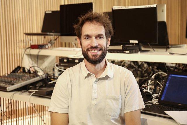 Rencontrez Regis, Directeur de Production Audiovisuelle - IMCAS