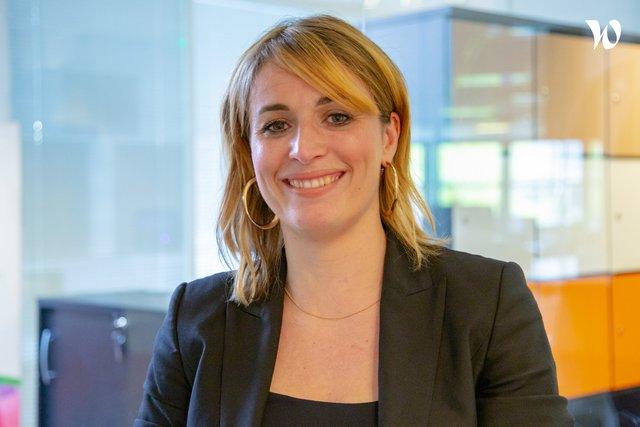 Rencontrez Clarisse, Manager Commercial Impression - AXANTIS