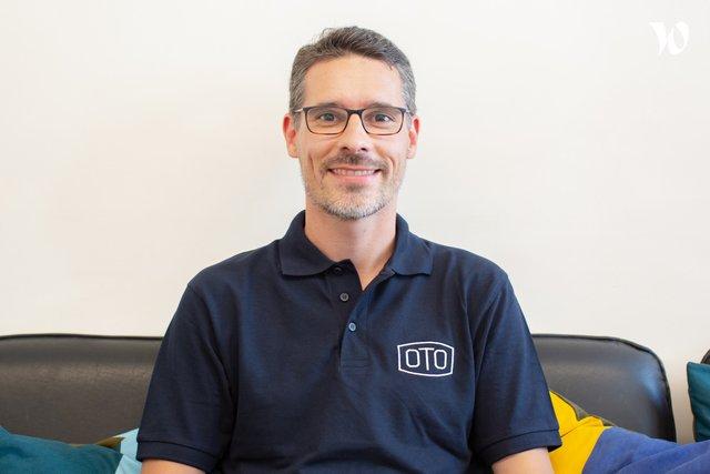 Rencontrez Adrien, Directeur des Opérations - OTO Technology