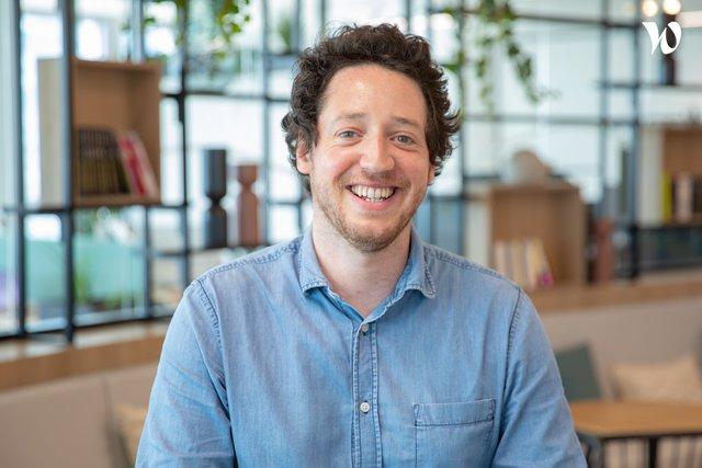 Rencontrez Charles, Directeur de Clientèle - Médiaperformances