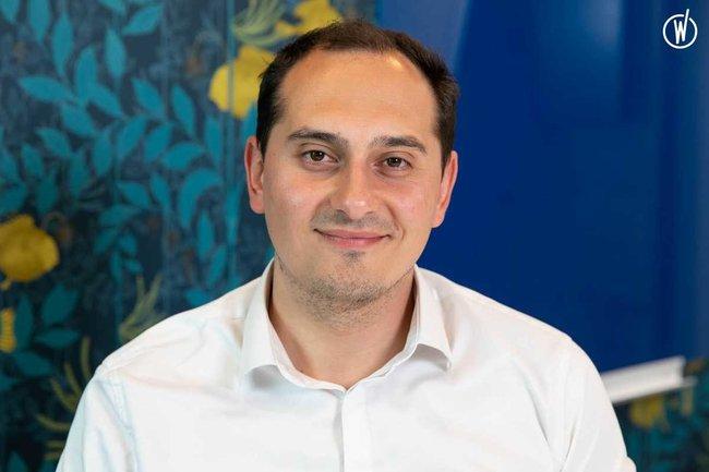 Rencontrez Irfan, Directeur Opérations Clients - DAXIUM