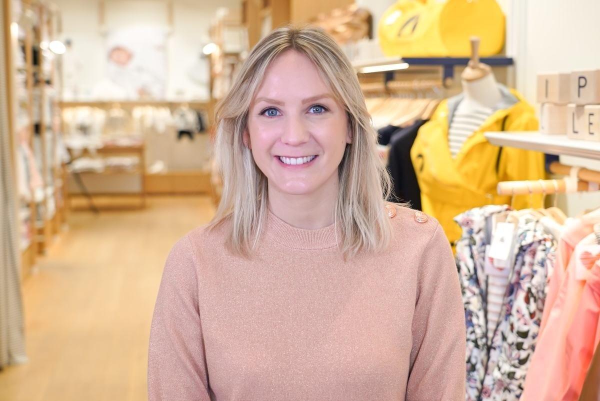 Rencontrez Marie, Adjointe Responsable Boutique Deauville - PETIT BATEAU