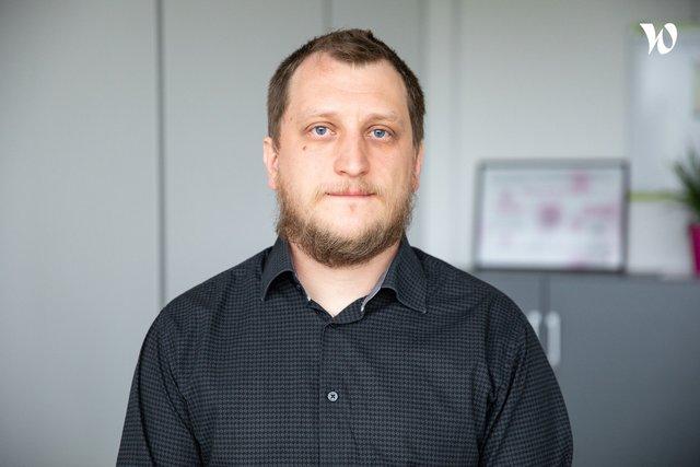 Rencontrez Julien, Chargé de Recherche en Microbiologie - BIOCODEX
