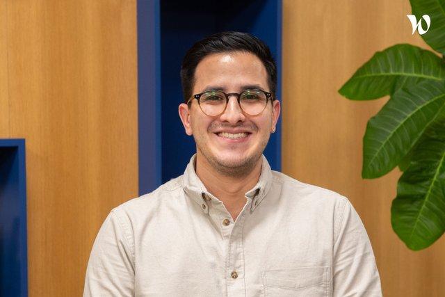 Rencontrez Juan, Chargé Marketing et Communication - Stilog IST