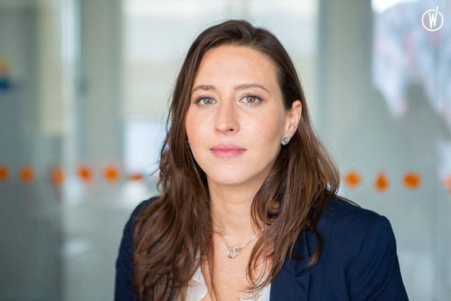 Rencontrez Chloé, Directrice Commerciale - NonStop Consulting