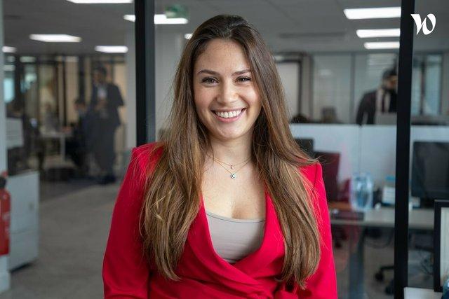 Rencontrez Yaëlle, Responsable Marketing et Communication - Predictis