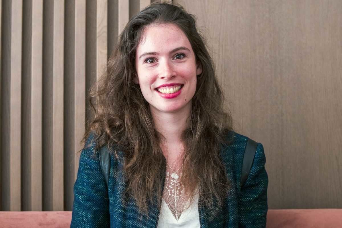Rencontrez Roxane, Consultante - Singulier