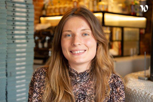 Rencontrez Clara, Assistante de Direction - Groupe les As