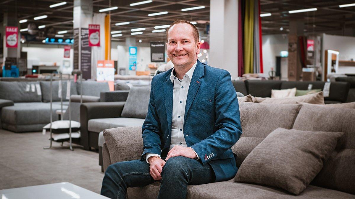 Aleš Dohnal, Regionální vedoucí prodeje - Möbelix