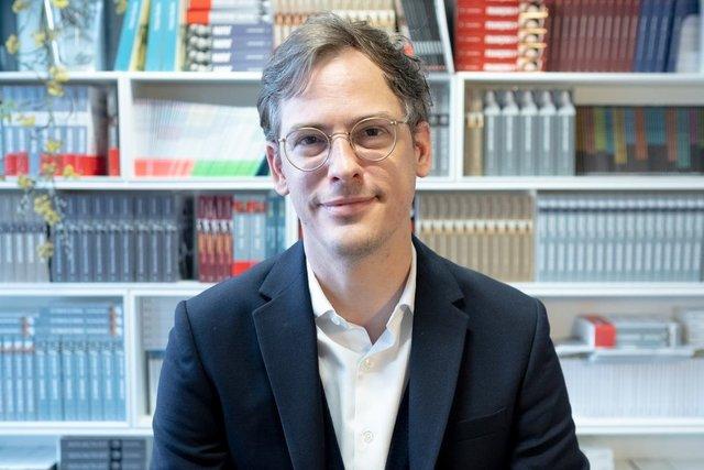 Rencontrez Nicolas, Directeur éditorial Histoire - HUMENSIS