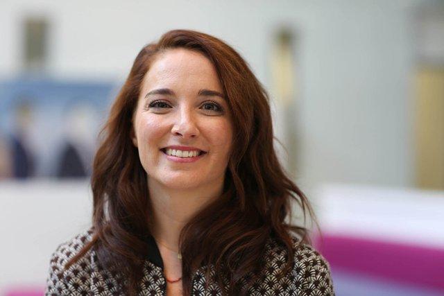 Rencontrez Jeanne, Directrice de Groupe - M6 Publicité