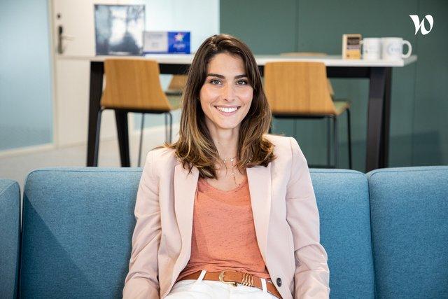 Rencontrez Elena, Consultante  - EVA Group