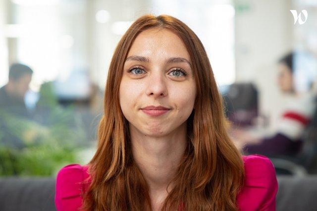 Rencontrez Aliena, Manager Pôle Administratif - Bruce