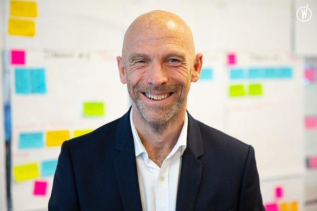 Rencontrez François-Xavier, Directeur de la transformation et de l'excellence opérationnelle - Stelliant