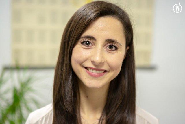 Rencontrez Elisa, Responsable des programmes - BECOMTECH