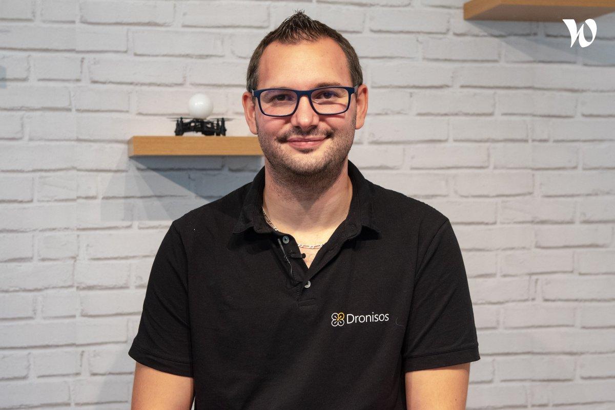 Rencontrez Pierre, Chorégraphe - Dronisos