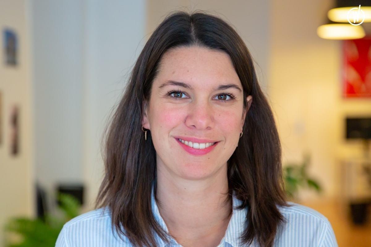 Rencontrez Alix, Directrice Expérience Client - Ask Mona