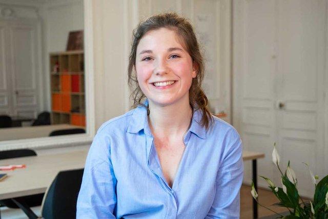 Rencontrez Anne Sophie, chargée de déploiement terrain à Paris - Entourage