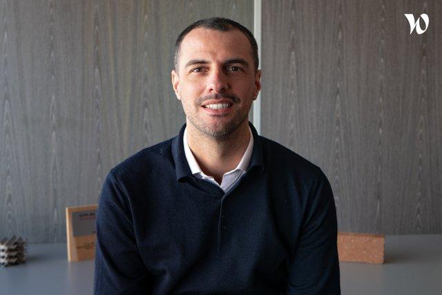 Rencontrez Gaétan , Directeur Commercial - Eco-Tech Ceram