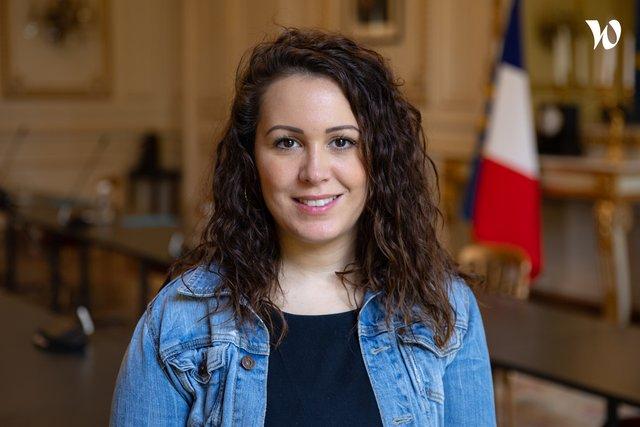 Rencontrez Myriam, Responsable de la communication digitale - Ministère de l'Intérieur