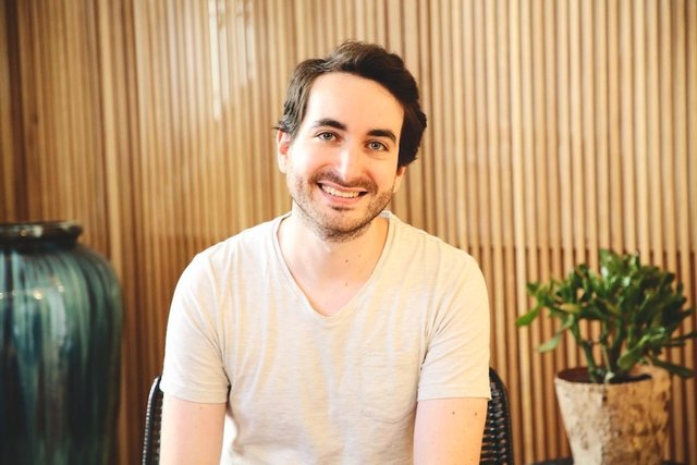 Rencontrez Jeremy, Directeur Marketing - IMCAS