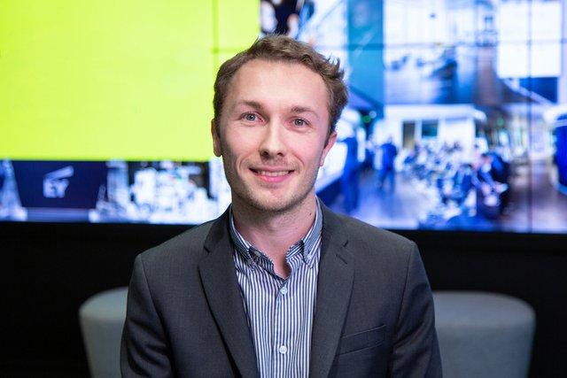 Rencontrez Charles, Consultant Performance et Transformation - EY