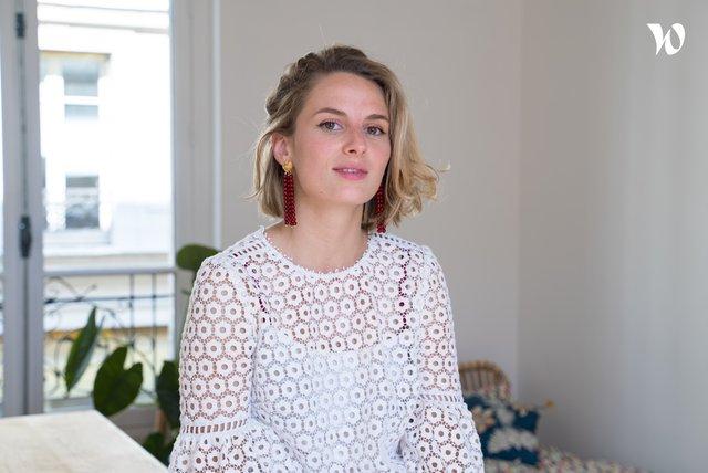 Rencontrez Héloïse, Responsable du Pôle Digital & Multimédia - The Editorialist