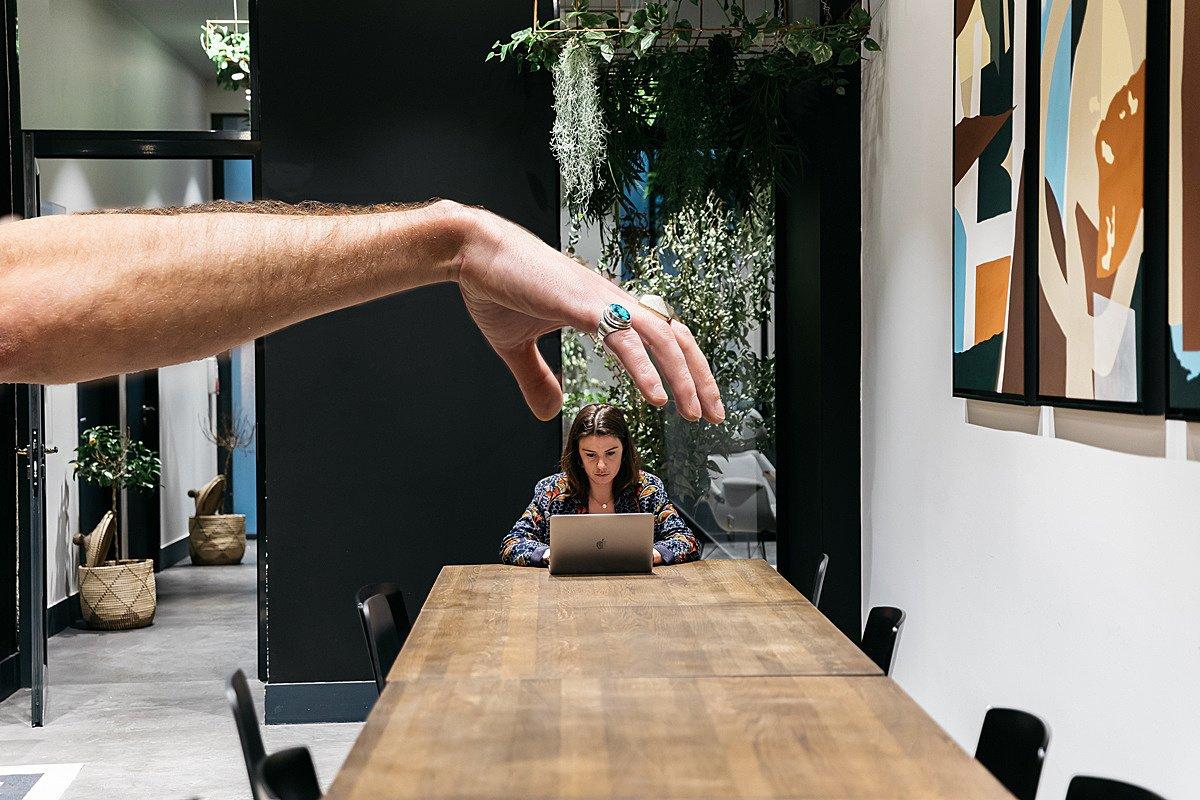 Ako zvládať dominantných kolegov v práci