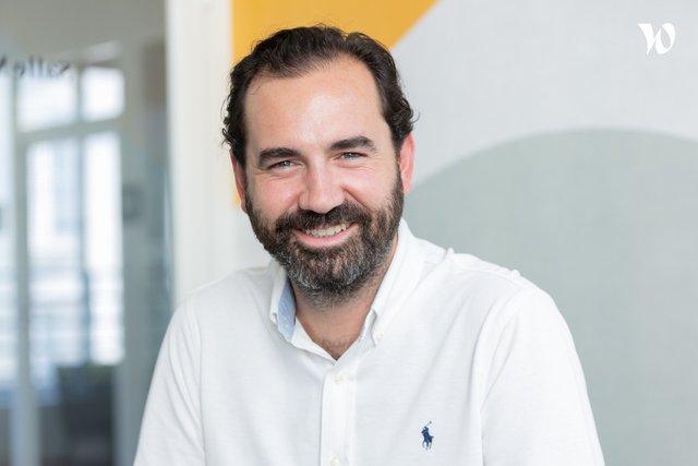 Rencontrez Thibault, Directeur commercial - Achat Centrale