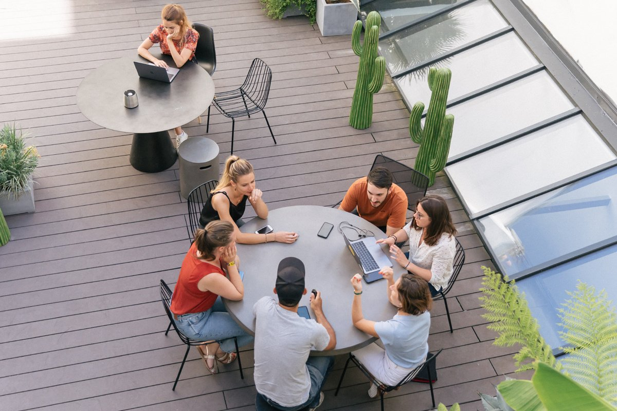 How can introverts and shy people adjust to a New Workplace?