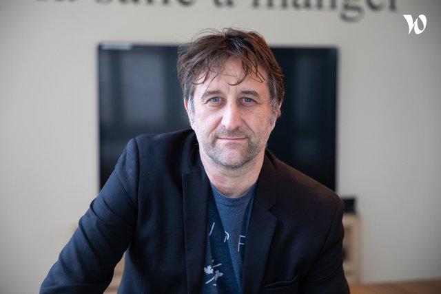 Rencontrez Pascal, Directeur de l'agence CDB Paris et Responsable de l'Expérience Clients - CDB