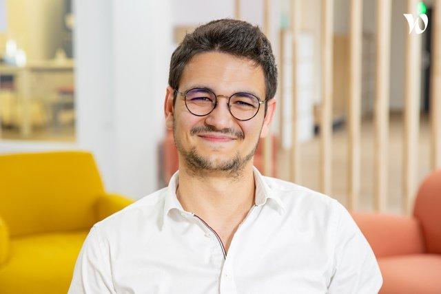 Rencontrez Lucas, Human Ressources Business Partner - Groupe MisterMenuiserie