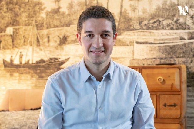 Rencontrez Raphaël , Directeur distribution et partenariats  - Santexpat