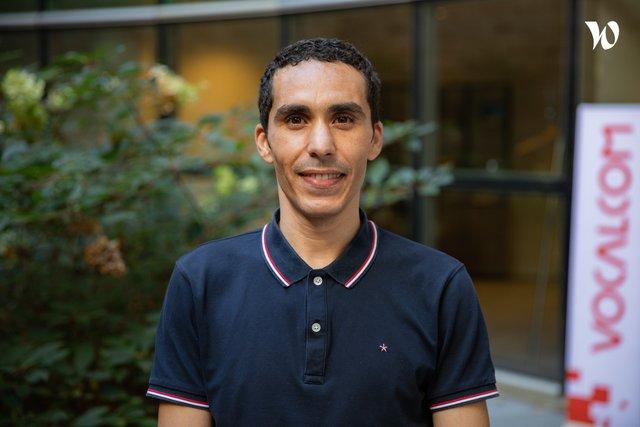 Conoce a Ahmed, Técnico Superior de Apoyo - Vocalcom