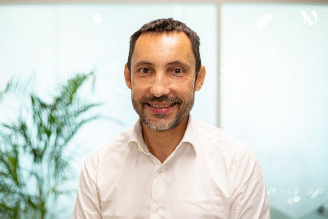 Rencontrez Fréderic, CDO Total Group et CEO Total Digital Factory - TOTAL DIGITAL FACTORY