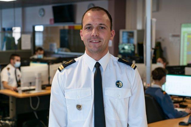 Rencontrez Lieutenant Adrien, Responsable des opérations aériennes - Flight dispatcher  - armée de l'Air et de l'Espace