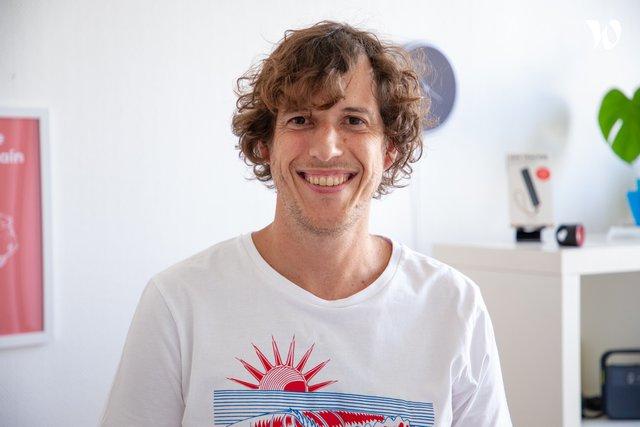 Rencontrez Eric, Directeur AI - Invoxia