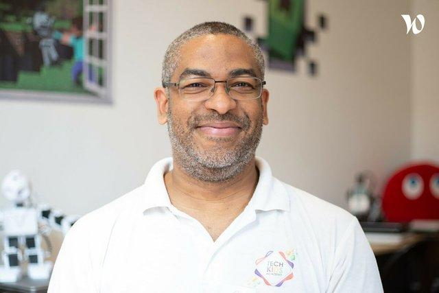 Rencontrez Tony, Cofondateur & Directeur technique associé - Tech Kids Academy
