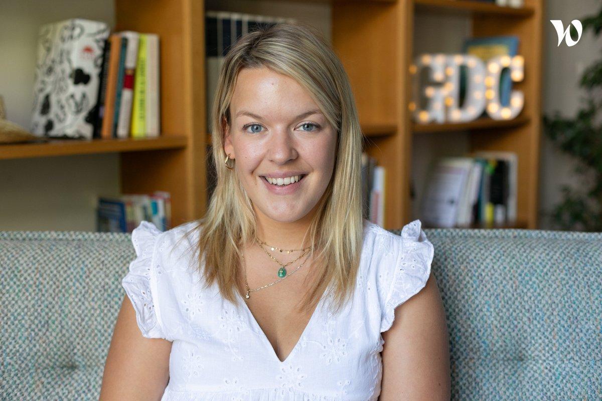 Rencontrez Charlotte, Customer Success Specialist - Gens de Confiance