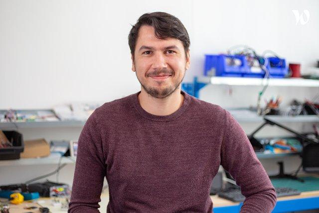 Rencontrez Michel, Ingénieur Électronique - EVERBLIX