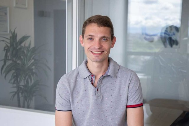 Rencontrez Julien, Responsable Customer Engagement - UBISTER