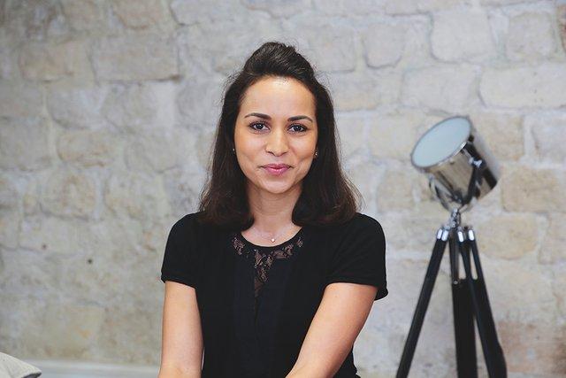 Rencontrez Mouna, Consultante - Albus Conseil