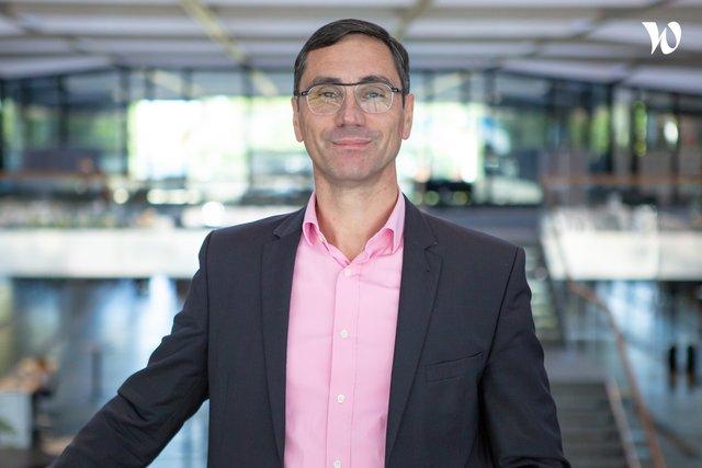 Rencontrez Franck, Directeur des Ressources Humaines - Hager Group
