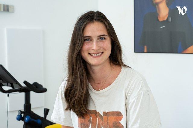 Rencontrez Astrid, Cheffe de projet marketing - dynamo cycling